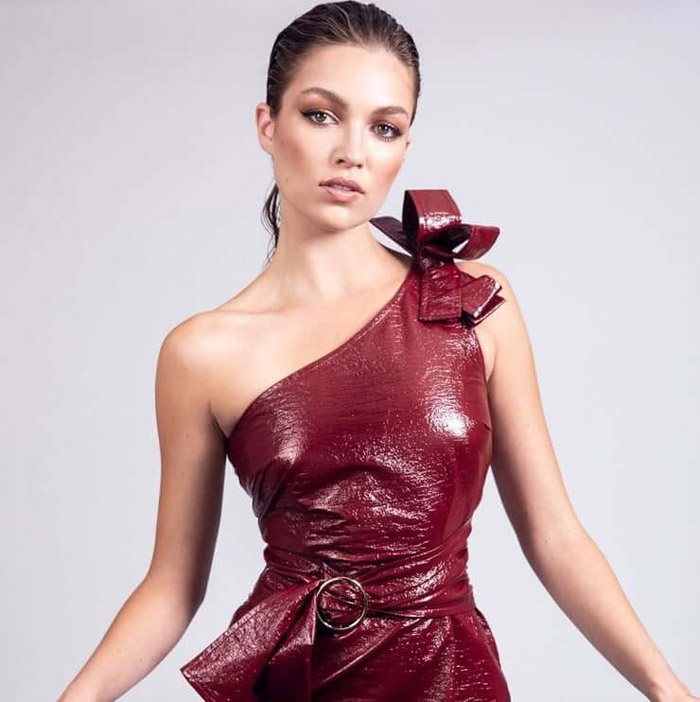Lili Simmons Hot Pictures, Bikini And Fashion Style (49 Photos)