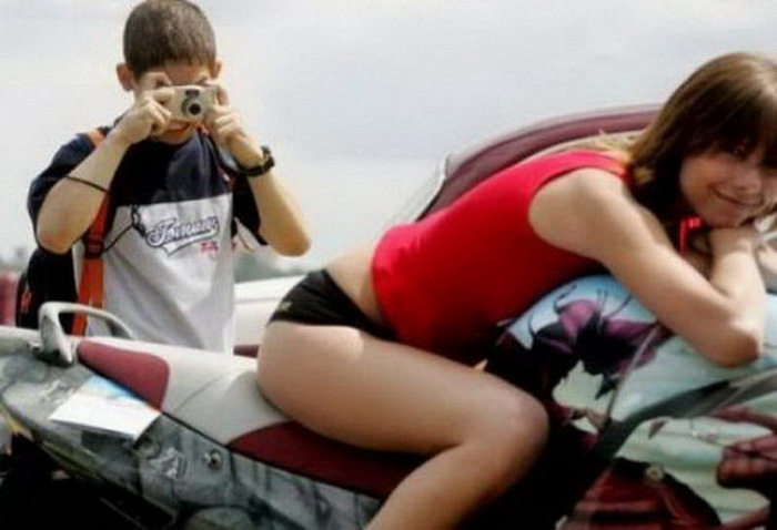 Most Embarrassing And Funny Awkward Moments Caught On Camera (41 Photos)
