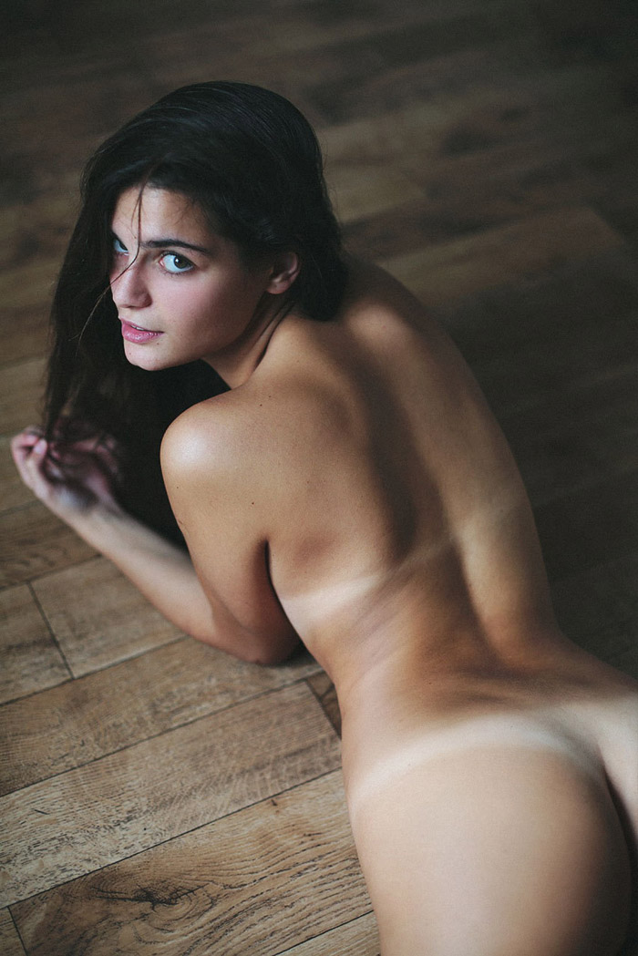 Pretty Hot Girls You Must See (44 Photos)