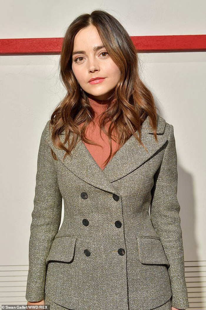 Jenna Coleman Hot Pictures, Bikini And Fashion Style (62 Photos)