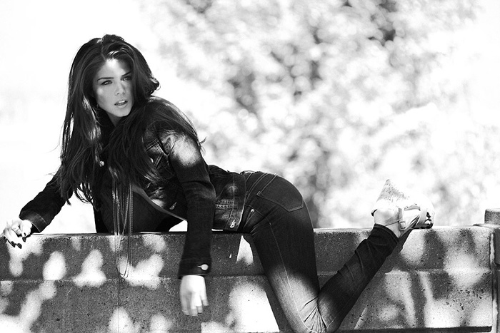 Marie Avgeropoulos Hot Pictures, Bikini And Fashion Style (49 Photos)