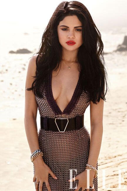 Selena Gomez Hot Pictures, Bikini And Fashion Style (49 Photos)