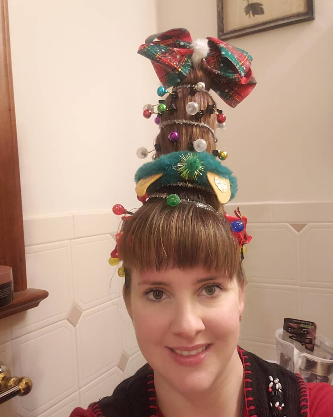 Christmas Tree Funny Hairstyle For Women (25 Photos)