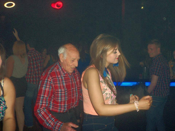 Most Embarrassing Moments Caught On Camera (35 Photos)