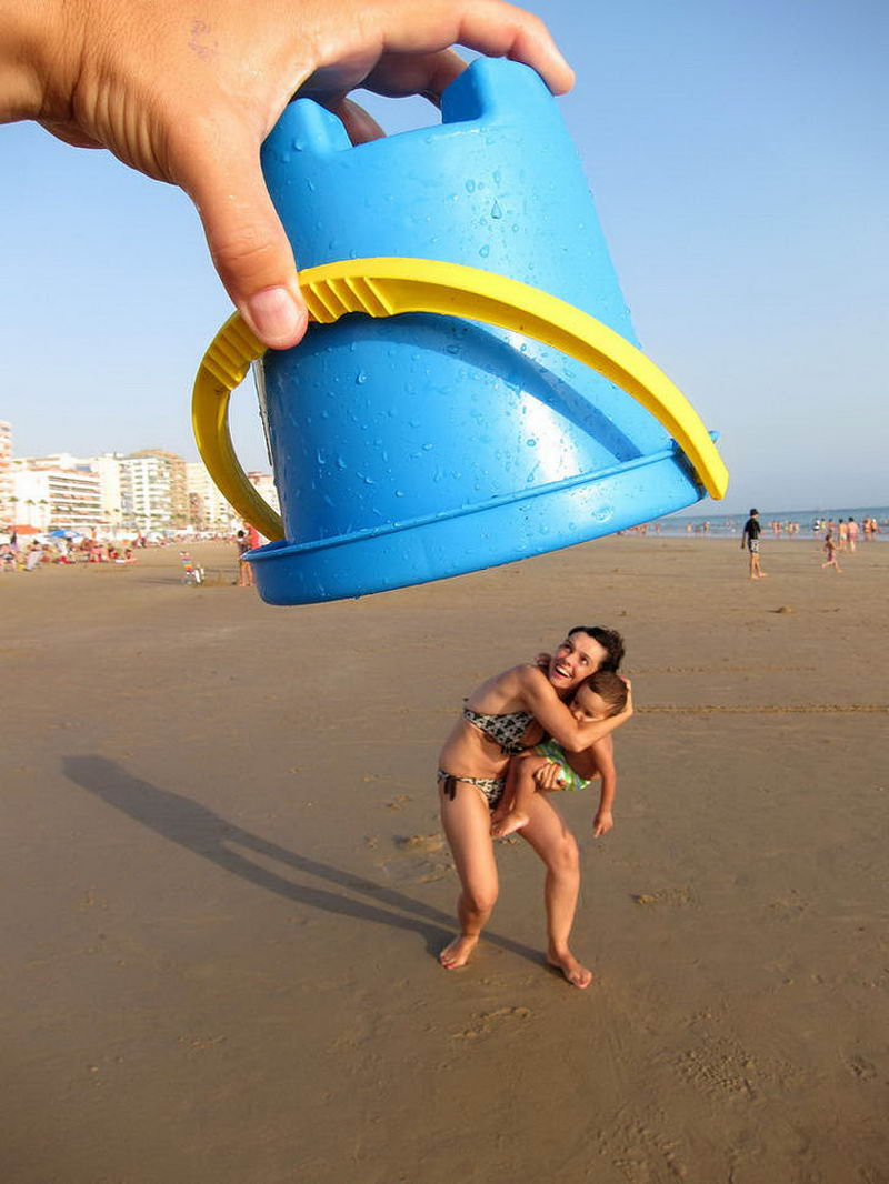 Funny Pictures Taken At The Right Time (55 Photos)