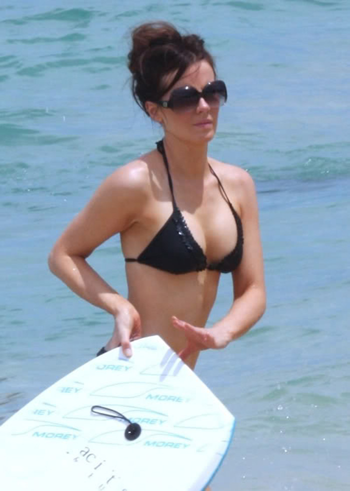 Kate Beckinsale Hot Pictures, Bikini And Fashion Style (48 Photos)