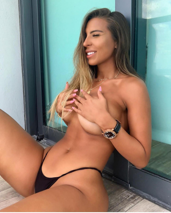 Pretty Hot Girls You Must See (61 Photos)