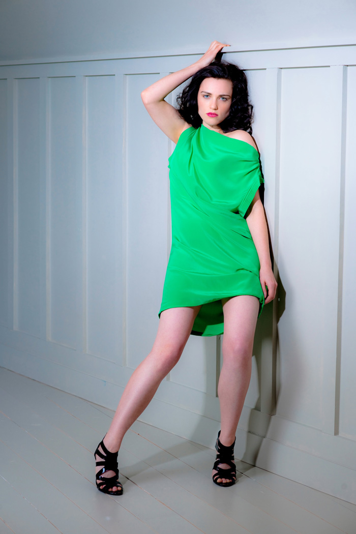 Katie McGrath Hot Pictures, Bikini And Fashion Style (38 Photos) - Page 2 of 4 - The Viraler
