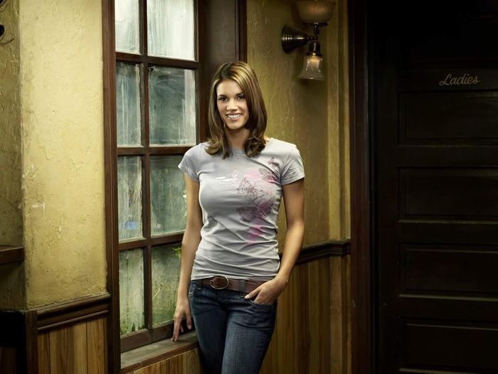 Missy Peregrym Hot Pictures, Bikini And Fashion Style (49 Photos)