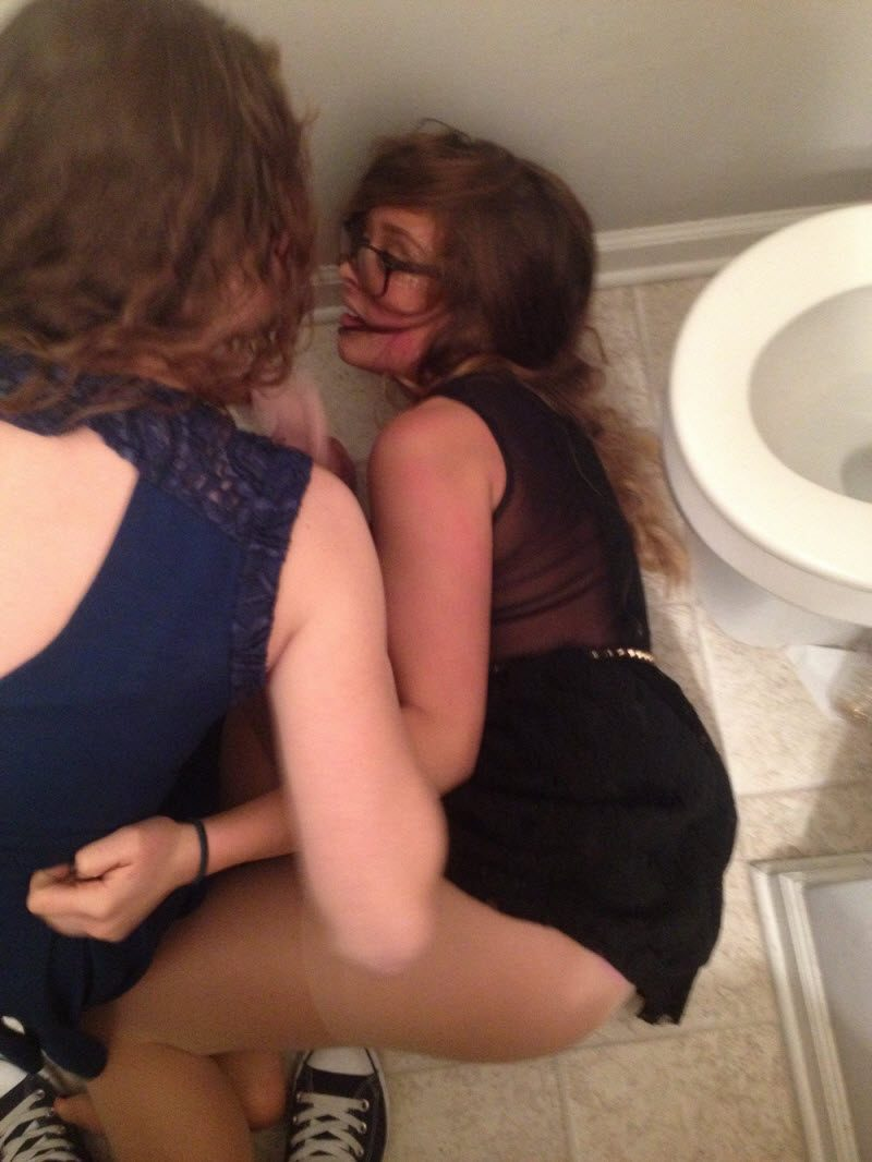 Epic Fails With Drunk Adventures Of Weird People (39 Photos)