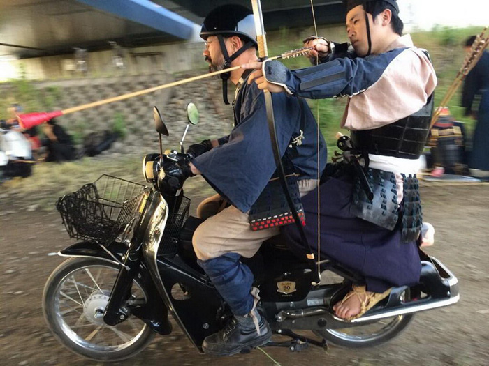 Most Funny And Strange Pictures From Asia (42 Photos)