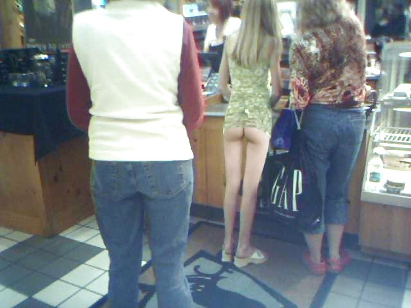 Most Embarrassing Moments Caught On Camera (41 Photos)