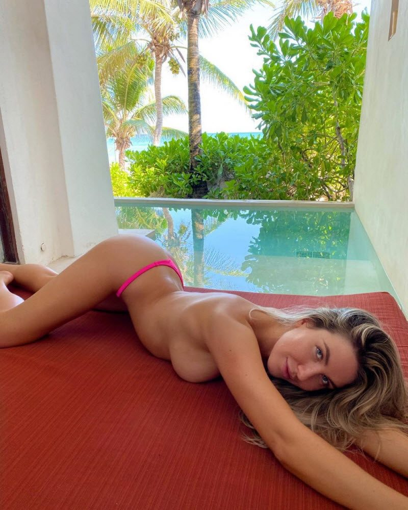 Hot Girls Like To Bend Their Back (35 Photos)