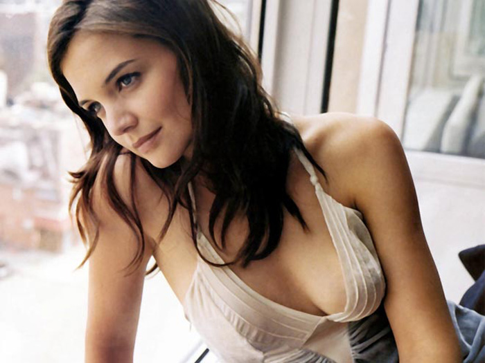 Katie Holmes Hot Pictures, Bikini And Fashion Style (48 Photos)