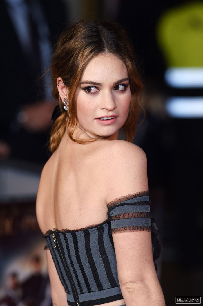 Lily James Hot Pictures, Bikini And Fashion Style (46 Photos)