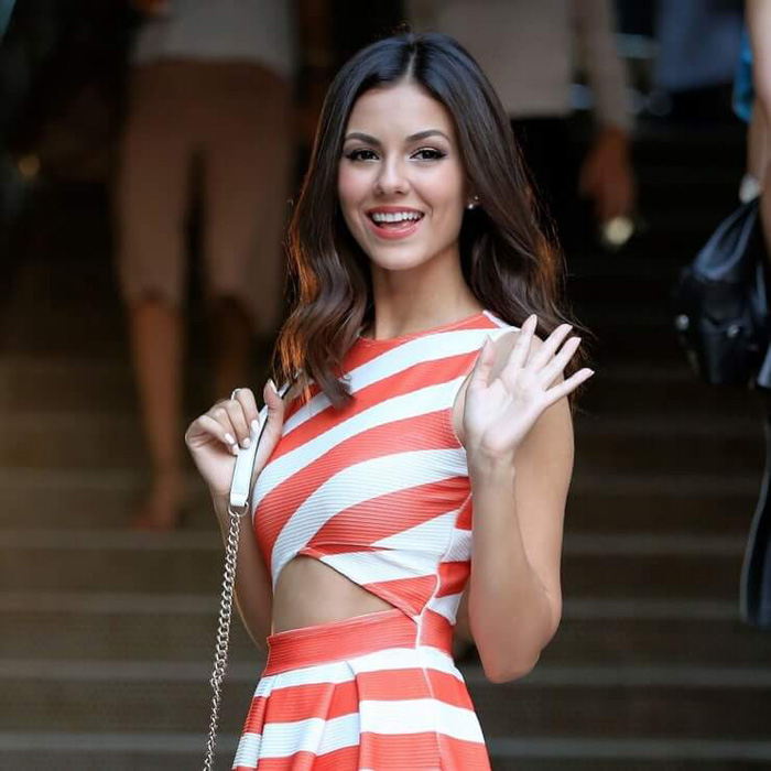 Victoria Justice Hot Pictures, Bikini And Fashion Style (61 Photos)
