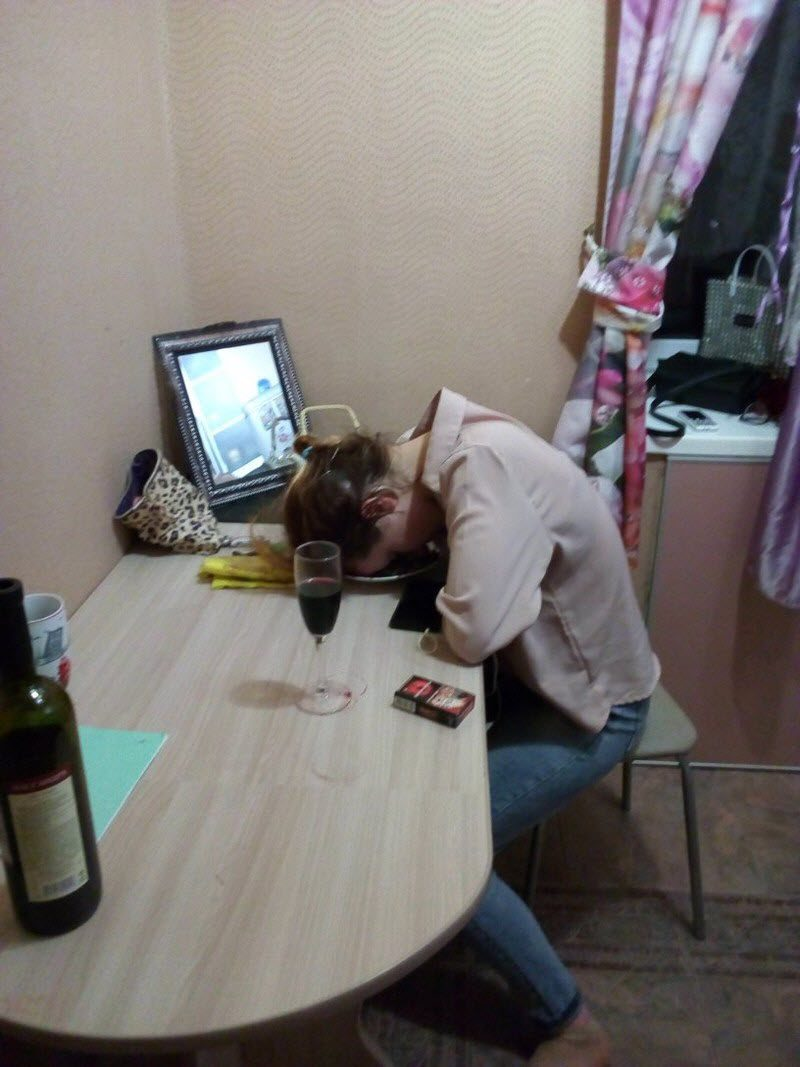 Epic Fails With Drunk Adventures Of Weird People (36 Photos)