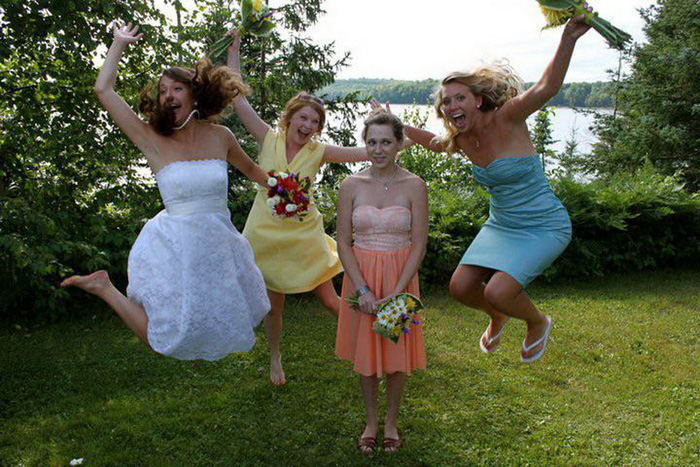 Funny Pictures Taken At The Right Time (41 Photos)