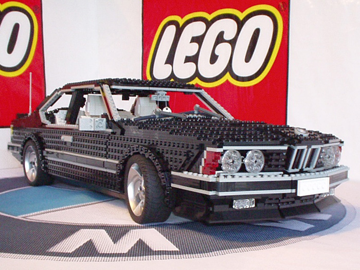 Amazing Crafts From LEGO (42 Photos)