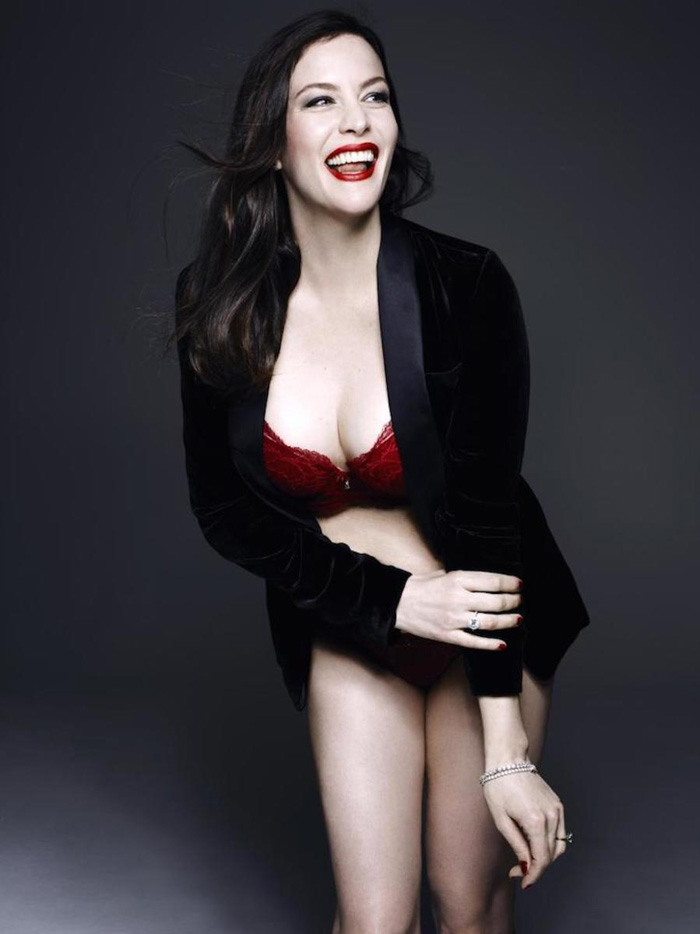 Liv Tyler Hot Bikini, Boobs And Butt Pictures (61 Photos)
