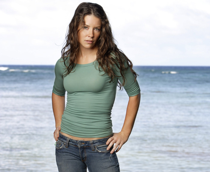 Evangeline Lilly Hot Bikini, Boobs And Butt Pictures (61 Photos)