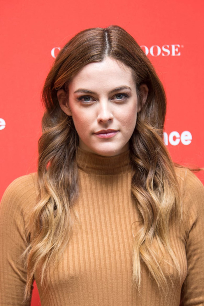 Riley Keough Hot Pictures, Bikini And Fashion Style (49 Photos)