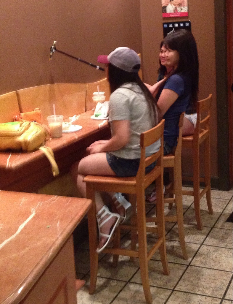 Most Funny And Strange Pictures From Asia (39 Photos)