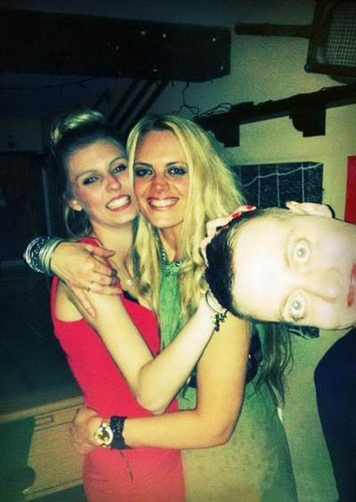 Most Embarrassing Moments Caught On Camera (40 Photos)