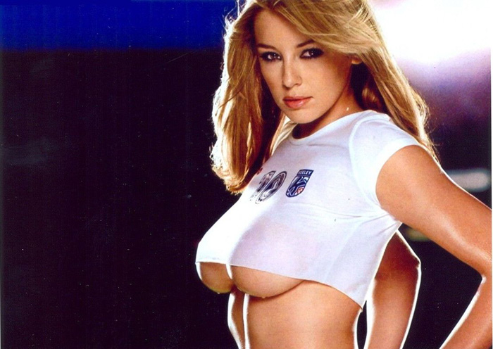 Keeley Hazell Hot Bikini, Boobs And Butt Pictures (49 Photos)
