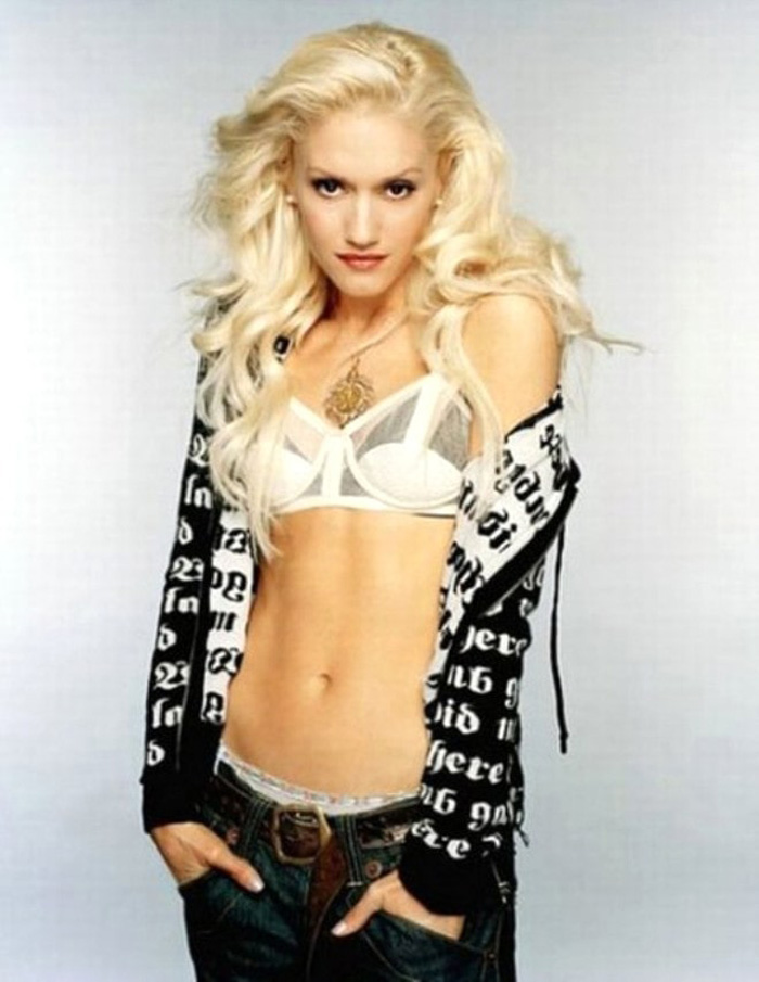 Gwen Stefani Hot Pictures, Bikini And More (60 Photos)