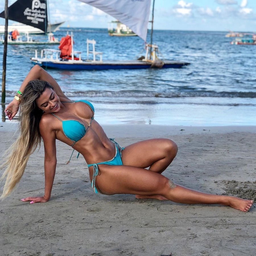 Fit girls are fine (NSFW)