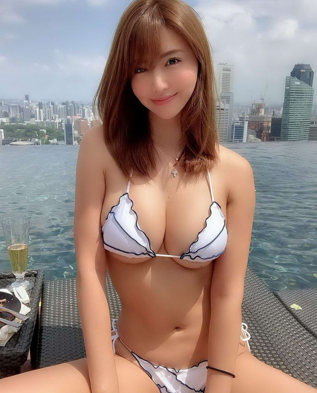 Sexy Hot Asian Girls (46 Photos) - Page 2 of 5 - The Viraler