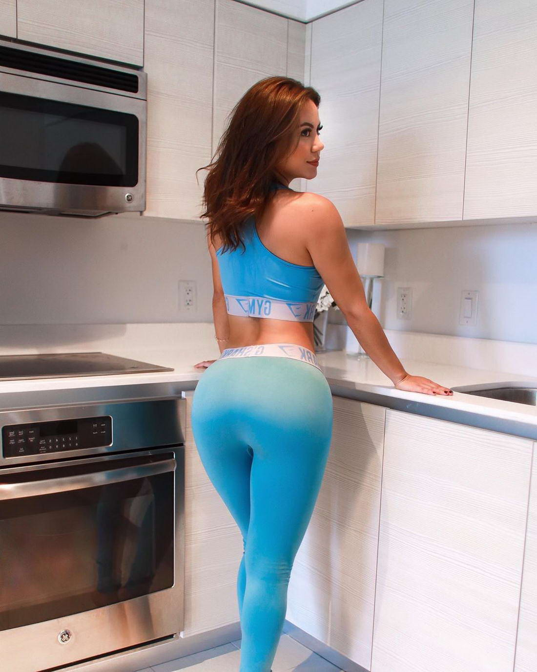 Hot Girls In Yoga Pants (42 Photos) - Page 3 of 4 - The
