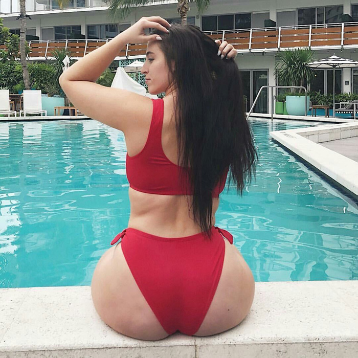 Hot Girls Like To Look So Sexy (49 Photos)