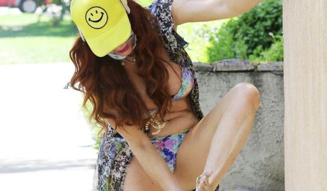 Phoebe Price Wears a Bikini and Steps in Dog Crap! (NSFW)