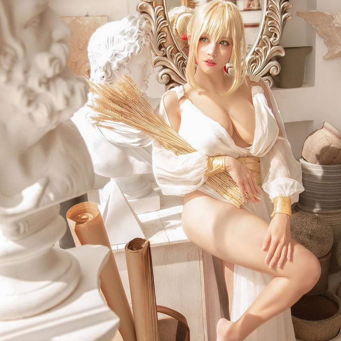 Hot Cosplay Girls Will Outshine Your Mind (40 Photos)