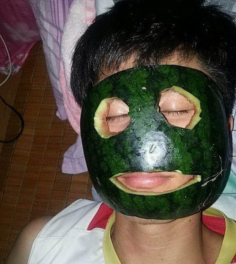 Most Funny And Strange Pictures From Asia (33 Photos)