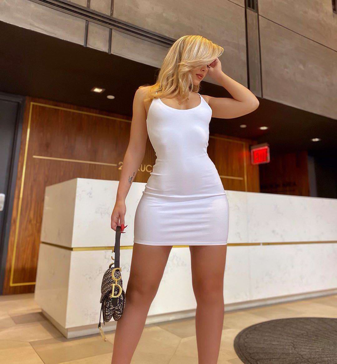 Hot Girls In Tight Dresses Are Sexy (35 Photos + 5 GIFs)