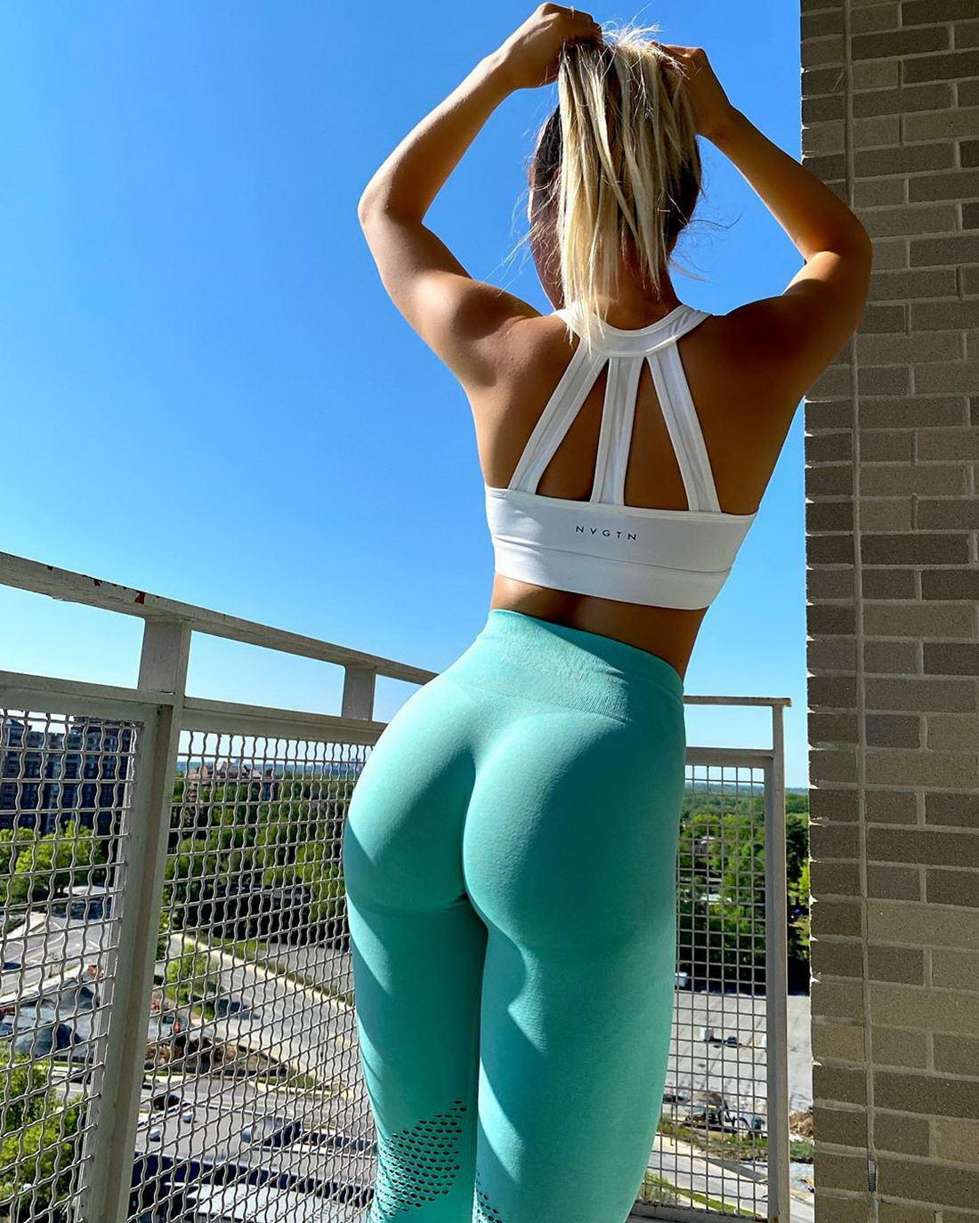 Hot Girls In Yoga Pants (48 Photos) - Page 3 of 5 - The