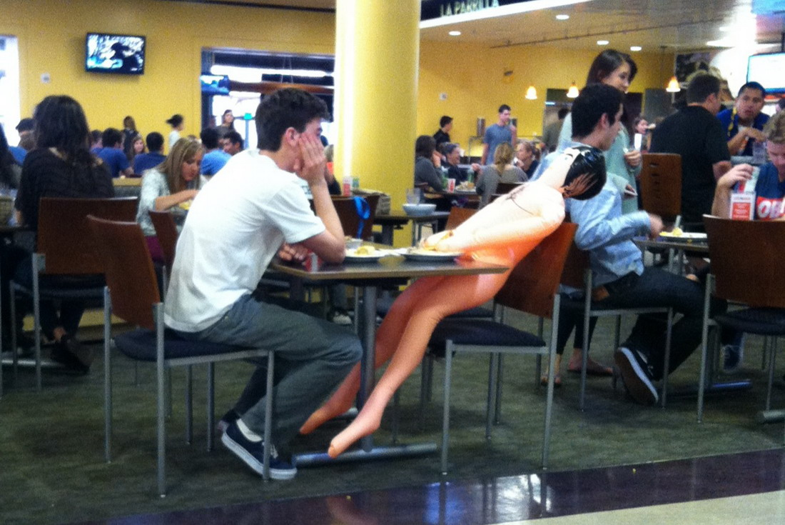 38 Most Embarrassing And Funny Awkward Moments Caught On Camera