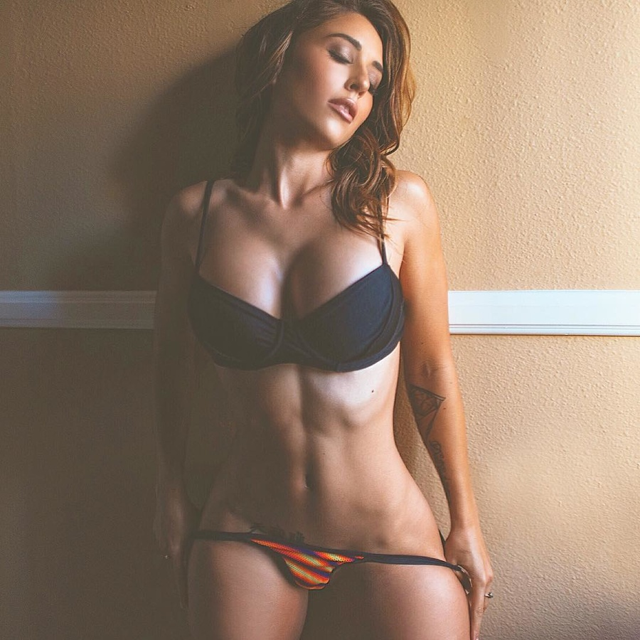 Fit girls with hot bodies (NSFW)