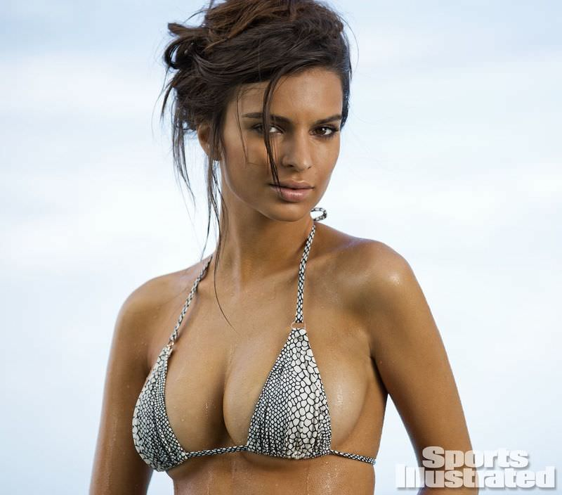 Emily Ratajkowski In A Bikini For Sports Illustrated