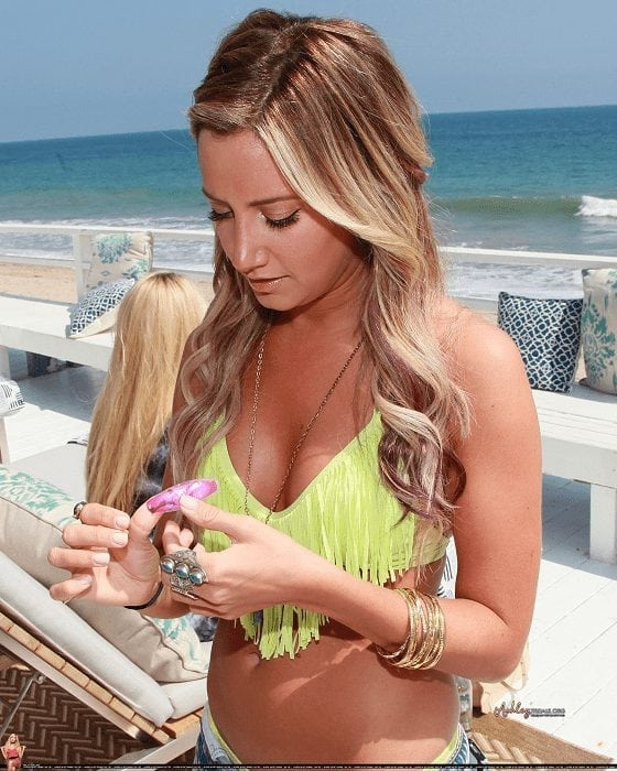Ashley Tisdale Hot Pictures, Bikini And More (70 Photos)