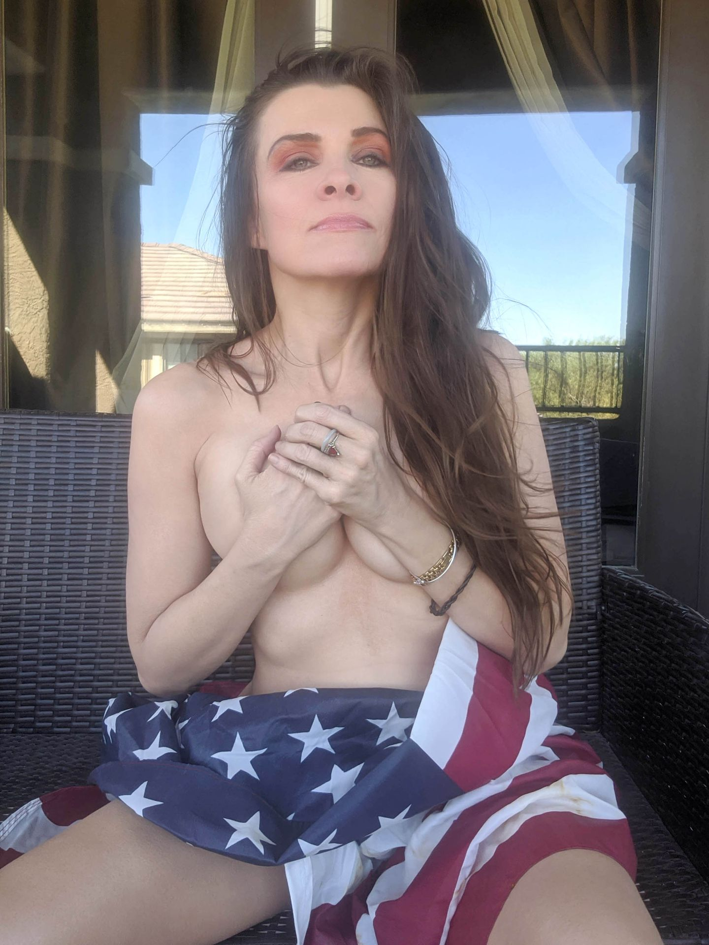 Alicia Arden is Ass Out for America!
