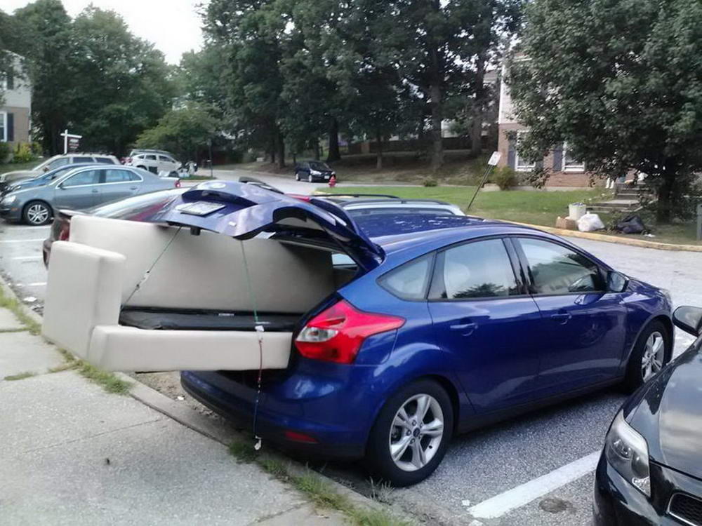 Funny Car Fails And Automotive Humor (39 Photos)