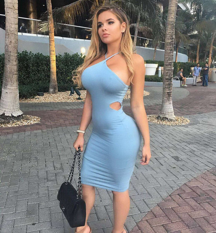 Hot Girls In Tight Dresses Are Sexy (40 Photos)