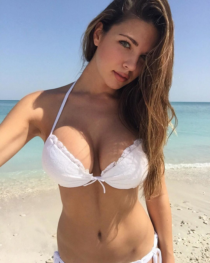Hot Girls Like To Look So Sexy (99 Photos)