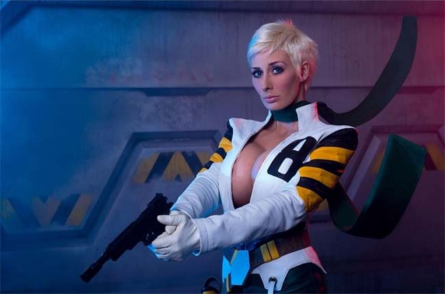 10 Sexiest Cosplay Girls You Need To Follow