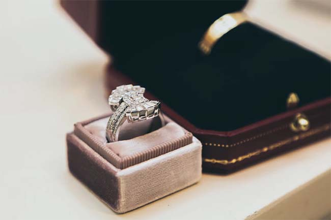 6 Outrageously Expensive Engagement Rings