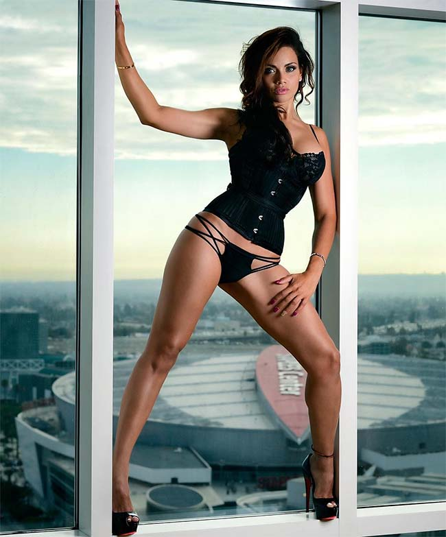 Samantha Sepulveda Might Be The Hottest Cop On The Planet